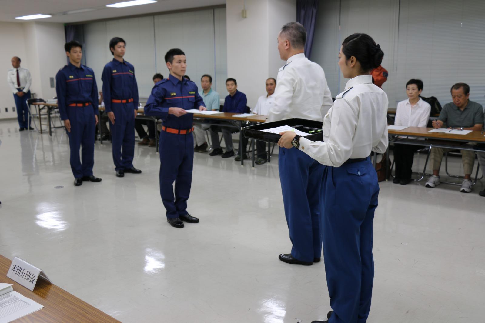豊島消防署から、特別区学生消防団活動認証制度では初の認証状が交付された -- 帝京平成大学