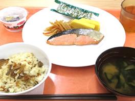拓殖大学が9月14日から100円朝食「めざまし朝ごはんキャンペーン」を実施