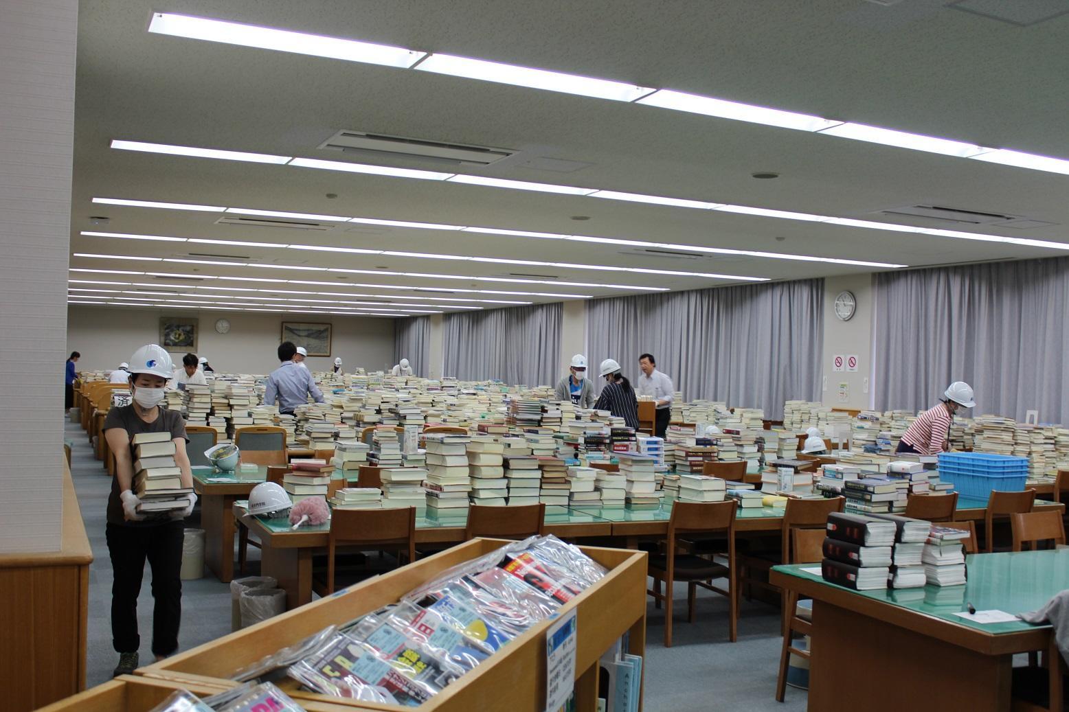 大阪北部地震から2週間 追手門学院大学、中・高の今 -- 6月25日から通常授業を再開