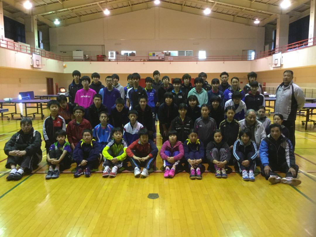 東日本国際大学で卓球の福島県小・中学生選抜強化合宿が開催 -- 「次世代のトップ選手」育成のため学生らが全面協力