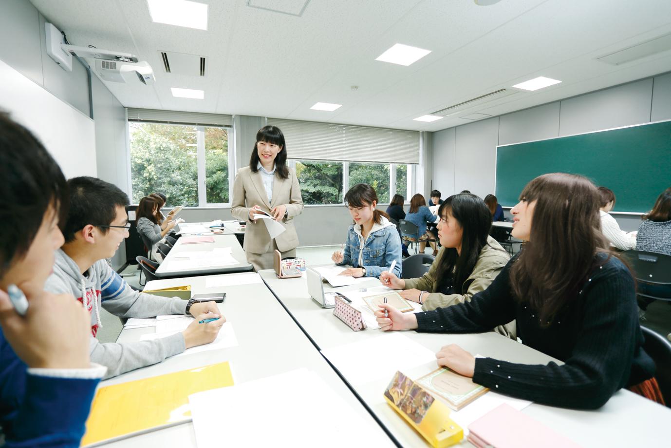"""武蔵大学が2017年4月に人文学部・社会学部の入学定員を49名増員(定員増 認可申請中) -- リベラルアーツを基盤とした""""グローバル市民""""の育成を推進"""