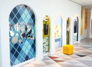 """明治大学総合数理学部の福地健太郎准教授が新・サンシャイン60の展示に技術協力 -- """"透明人間ミラー""""などを提供"""