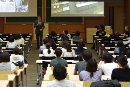 キャンパス内で米国留学 -- 武蔵野大学が「International Week」をスタート