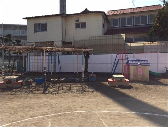東洋学園大学の学生が江戸川台保育所のフェンスをデザイン、6月23日に園児とともに絵を描くプロジェクトを実施 -- 流山市との官学連携活動