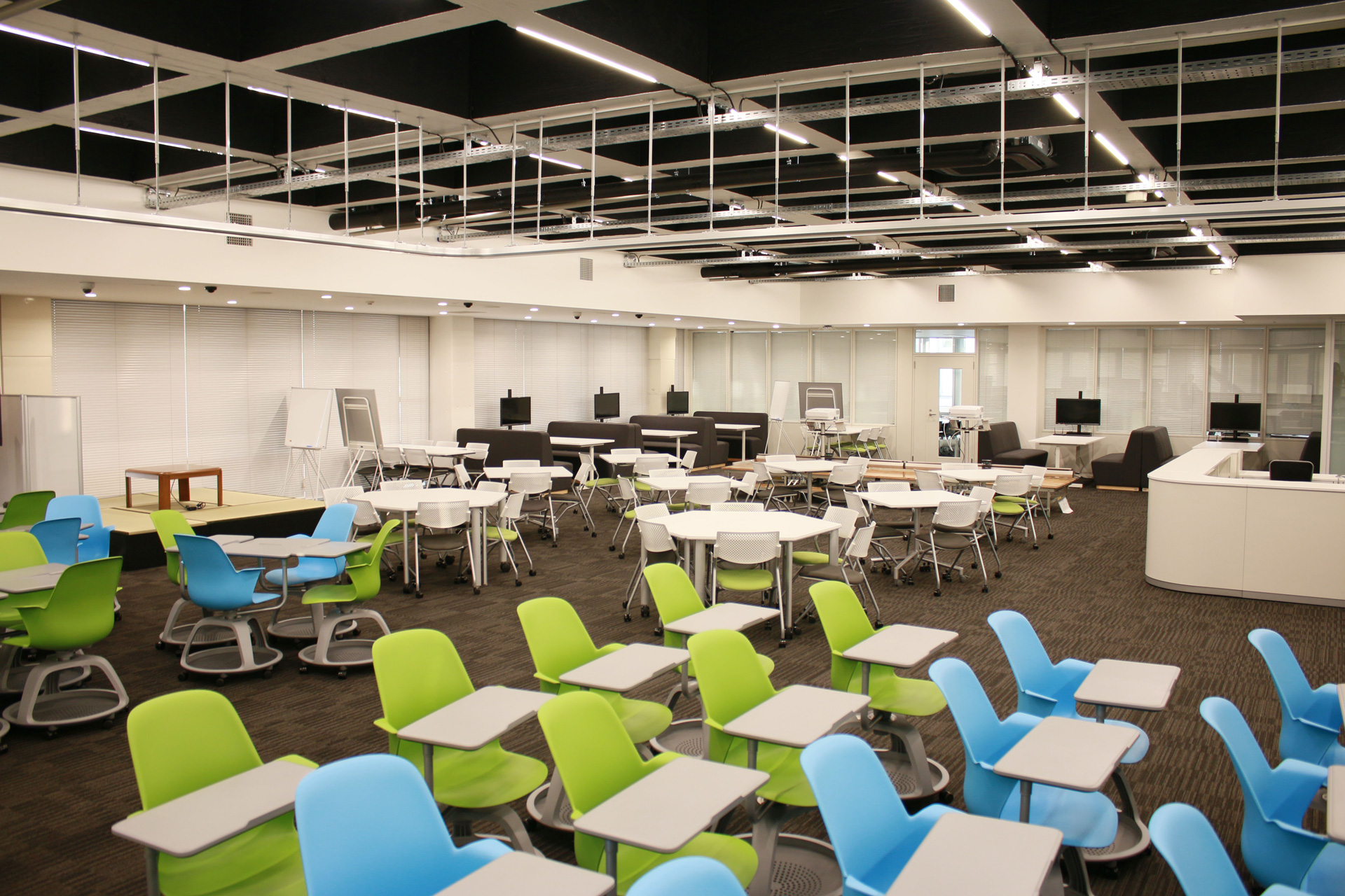 芝浦工業大学 -- 学生主体の新たな国際交流活動の場「グローバルラーニングコモンズ」を紹介