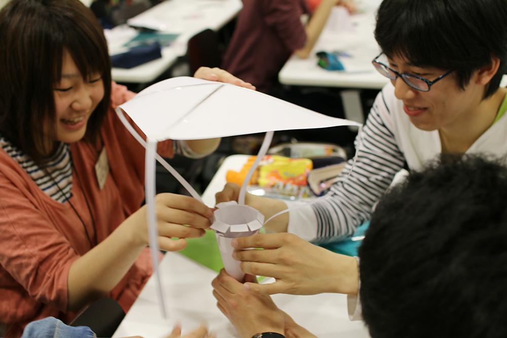 芝浦工業大学 -- 台湾の大学と国際版「たまご落としコンテスト」に挑戦~地上40mから落としても割れない容器をつくる
