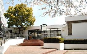聖心女子大学が図書館資料の無料郵送サービスを開始 -- 臨時閉館中、オンラインで受付