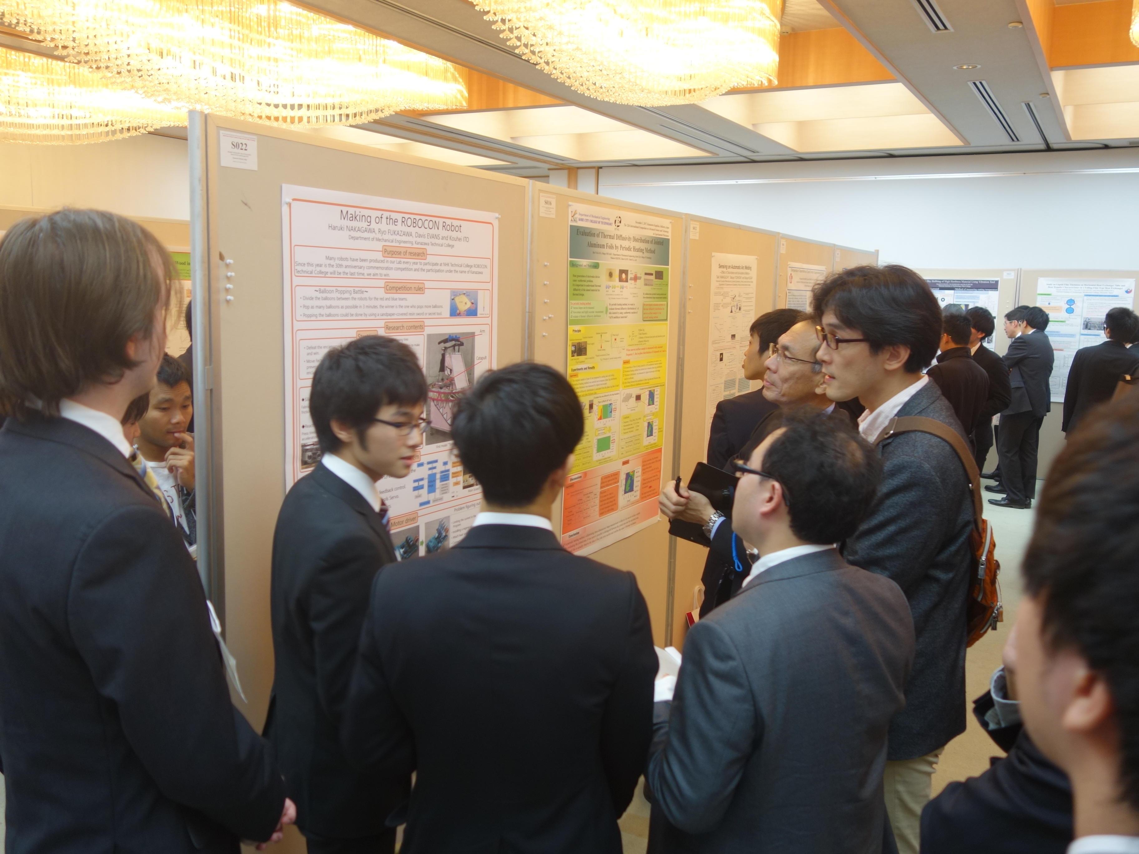 日本実験力学会(JSEM)主催の先端科学技術に関する国際シンポジウムの英語でのポスターセッションにて金沢高専生が最優秀賞を受賞