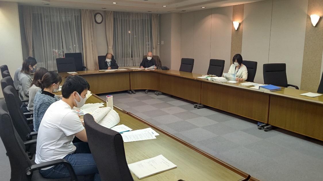 神田外語大学の学生2名が1月11日(月・祝)に開催予定であった令和3年「千葉市成人を祝う会」の運営協議委員として参加しました
