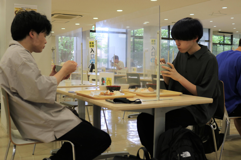 「100円朝食」を再開、学生の食生活の応援に -- 東京経済大学