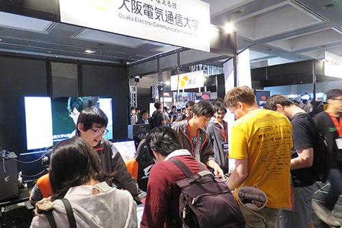 大阪電気通信大学の学生らが日本最大級のインディーゲームイベント「BitSummit」に参加しました
