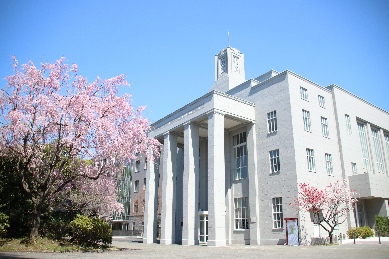 聖心女子大学が10月27日に、東日本大震災により卒業式が中止となった卒業生のための「卒業の集い」を開催 -- 7年半ぶりに母校に集う --