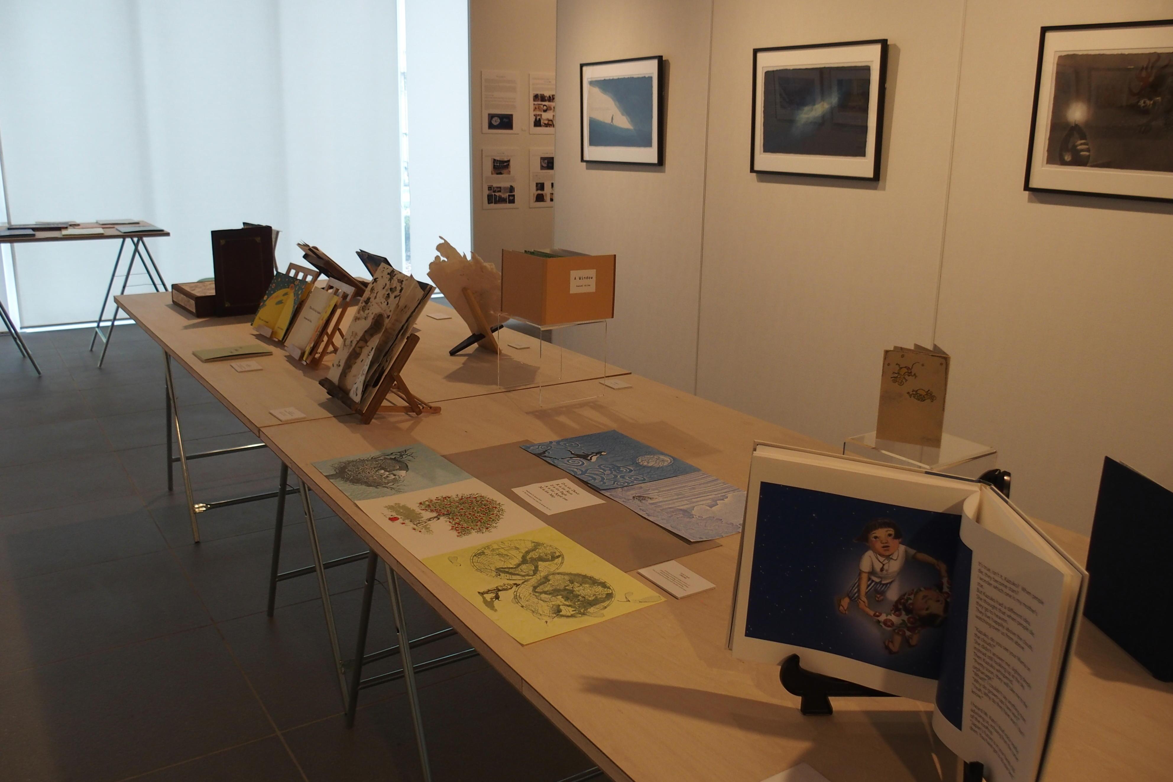 アート学科教員が監修 新キャンパスの「TUJアートギャラリー」