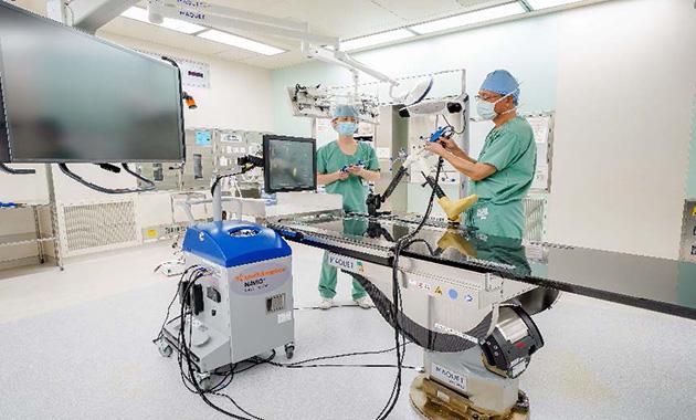 最新鋭の膝手術支援ロボットを日本初導入 日本初症例となる手術の説明会・デモを実施