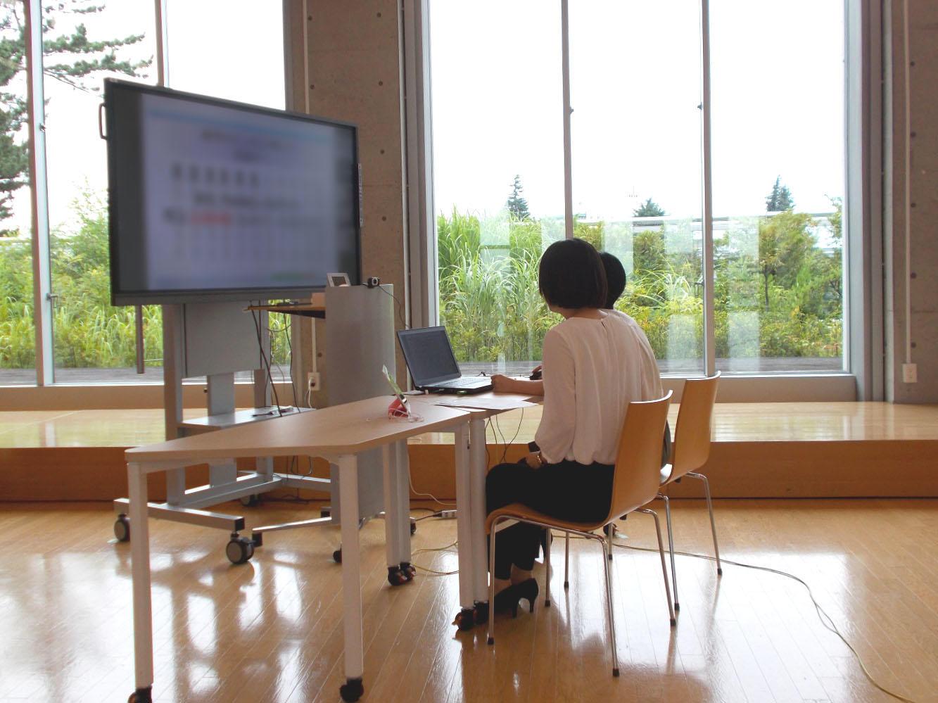 【相模女子大学・相模女子大学短期大学部】8月4日(火)にZoomを活用した「第4回大学主催オンライン合同企業説明会」を開催します!