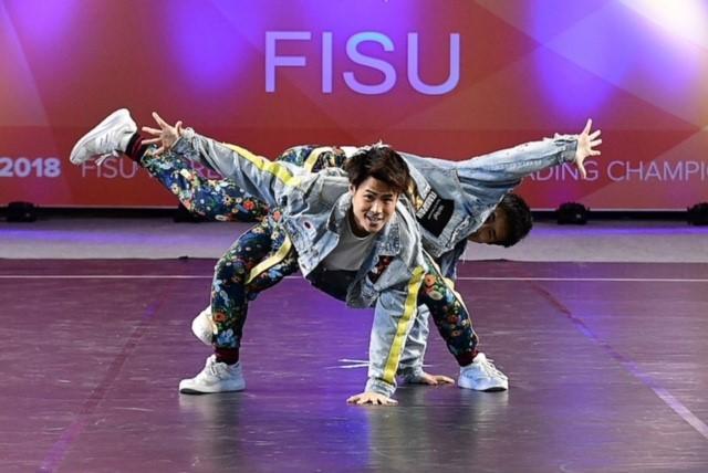創価大学生が「FISU第1回世界大学チアリーディング選手権大会」で金メダルを獲得 -- 日本人選手がダンス大会で世界の頂点に