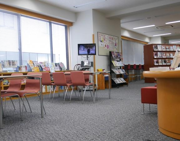 フェリス女学院大学の特色ある語学教育プログラム -- 英語のほかにフランス語やドイツ語など学べる言語は10種類、授業外のサポートも充実