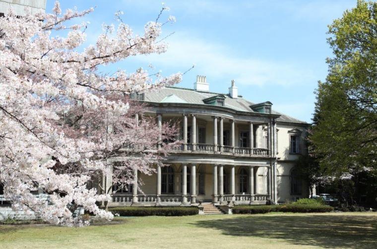 清泉女子大学の本館および3号館が「旧島津家本邸」として重要文化財に指定 -- 英国人建築家コンドルが設計した旧大名家の本格的な洋風邸宅