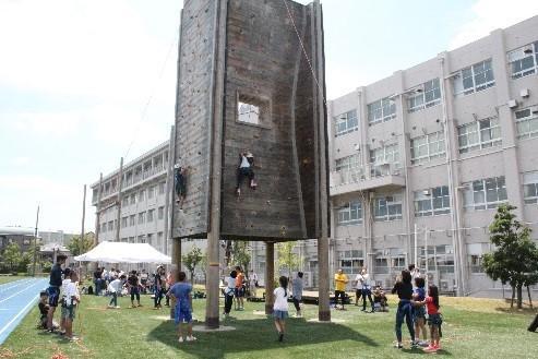 ◆ 夏休みの自由研究は関大で!悩ましい夏の宿題もサックサク!◆「自由研究フェスティバルin関西大学」を開催!~子ども食堂に通う小学生ら約350人が参加。子どもの貧困問題を啓発~