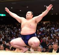 朝乃山らOB大相撲力士6人母校で後輩に稽古 2月24日(日)東大阪キャンパスにて
