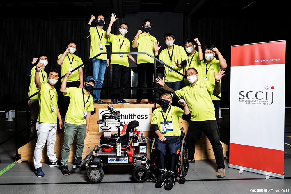 先端科学技術×障がいある「パイロット」国際競技大会に挑戦!電子機械工学科の研究室が『CYBATHLON2020 Global Edition』に出場しました -- 大阪電気通信大学