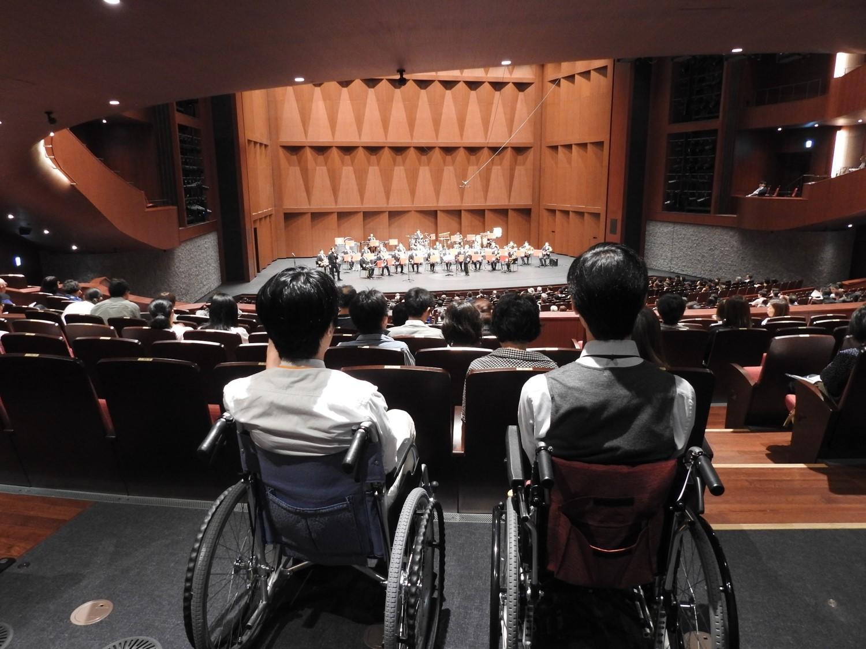 演奏中に災害が起きたら...北海道科学大学が札幌文化芸術劇場hitaruの避難訓練コンサートに参加