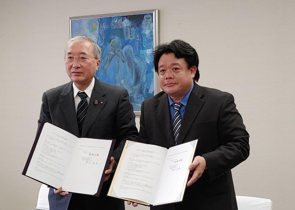 同志社大学文化遺産情報科学調査研究センターと島根県松江市が研究連携協定を締結