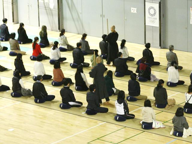 学校法人駒澤学園が12月1~8日まで「早朝坐禅会」を開催 -- お釈迦様の成道(悟り)にちなむ恒例行事