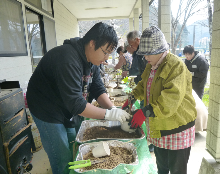 聖学院大学・学生による復興支援ボランティアツアー「桜プロジェクト8」を実施します