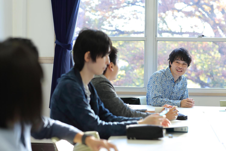 【武蔵大学】「森鴎外は維新の先にどんな光を見ていたか?」戸塚ゼミなど、人文学部ゼミトークを公開中。