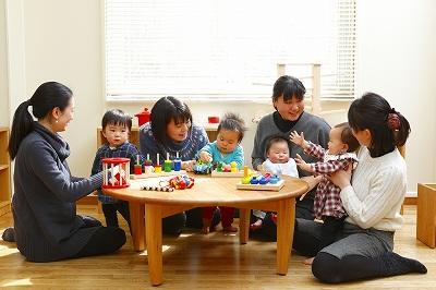 聖心女子大学が子育て支援室マーガレットルームで、わくわくプログラム「歌と音遊びの教室 -- 赤ちゃんの聞こえと発達を知ろう --」を開催