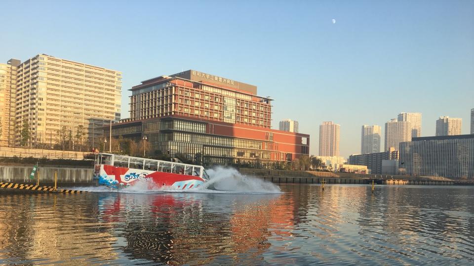 ~学生とロボットが英語でもクルーズガイド~東雲運河でカフェ&クルーズを行う『夏の船カフェ』を6月23日から2日間開催 -- 芝浦工業大学