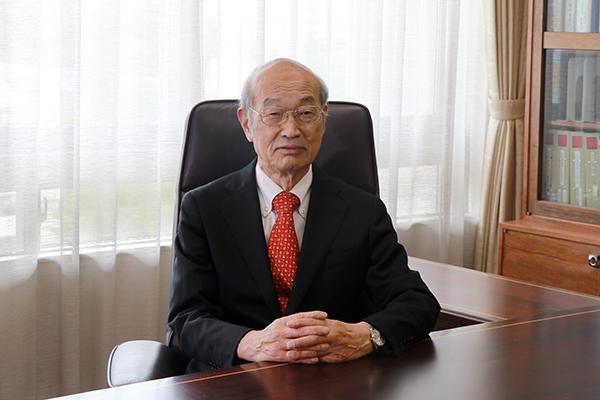 学校法人千葉学園の新理事長に内田茂男氏(前・常務理事)が就任