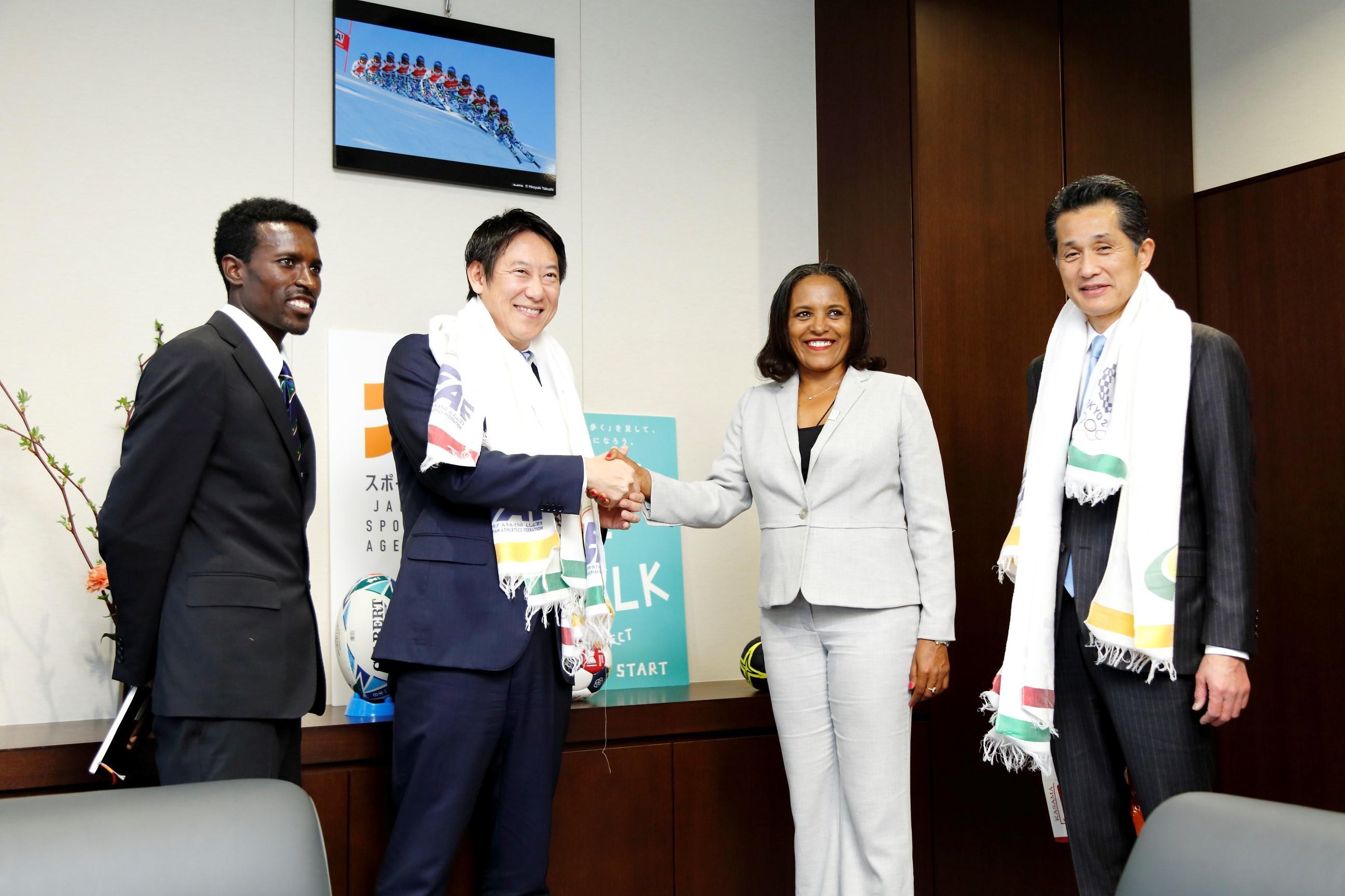 拓殖大学の留学生がエチオピア陸上競技連盟会長の通訳として活躍しました